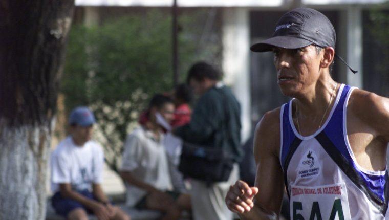 Julio Martínez, una de las figuras de la marchan nacional, participará en #LaEntrevistaTD hablando de la participación del equipo actual en los Juegos Olímpicos de Río. (Foto Prensa Libre: Hemeroteca PL)