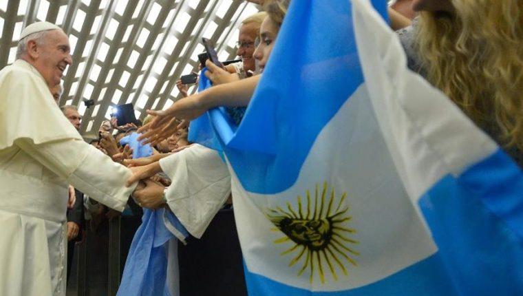 El papa no ha incluido dentro de su agenda de 2018 visitar a su país natal, Argentina. (Foto Prensa Libre: Hemeroteca PL)