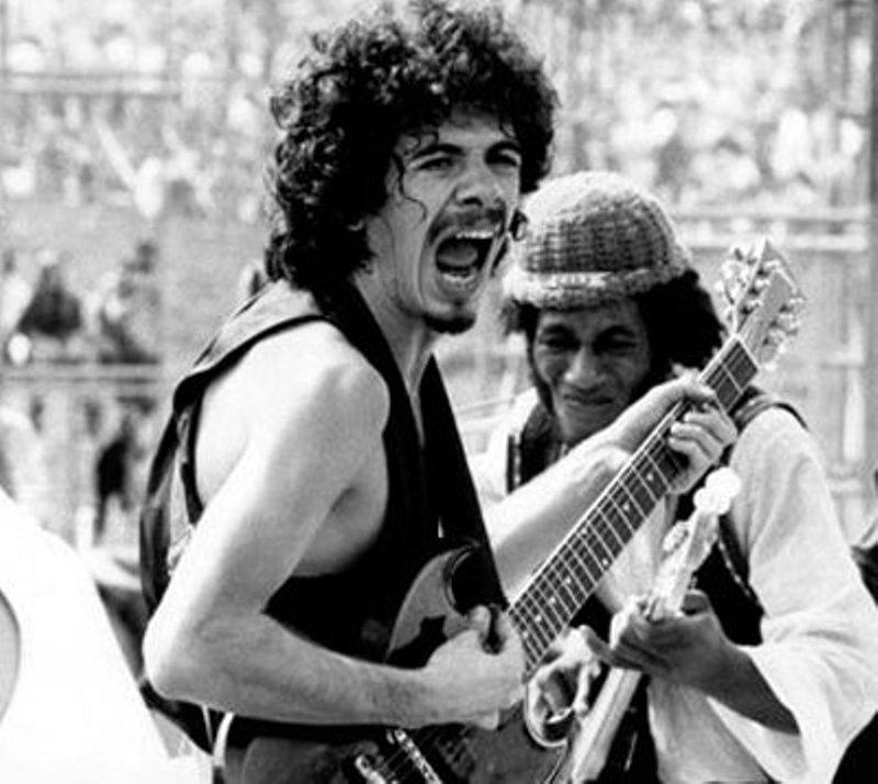 Carlos Santana, en una edición de Woodstock (Foto: Hemeroteca PL).