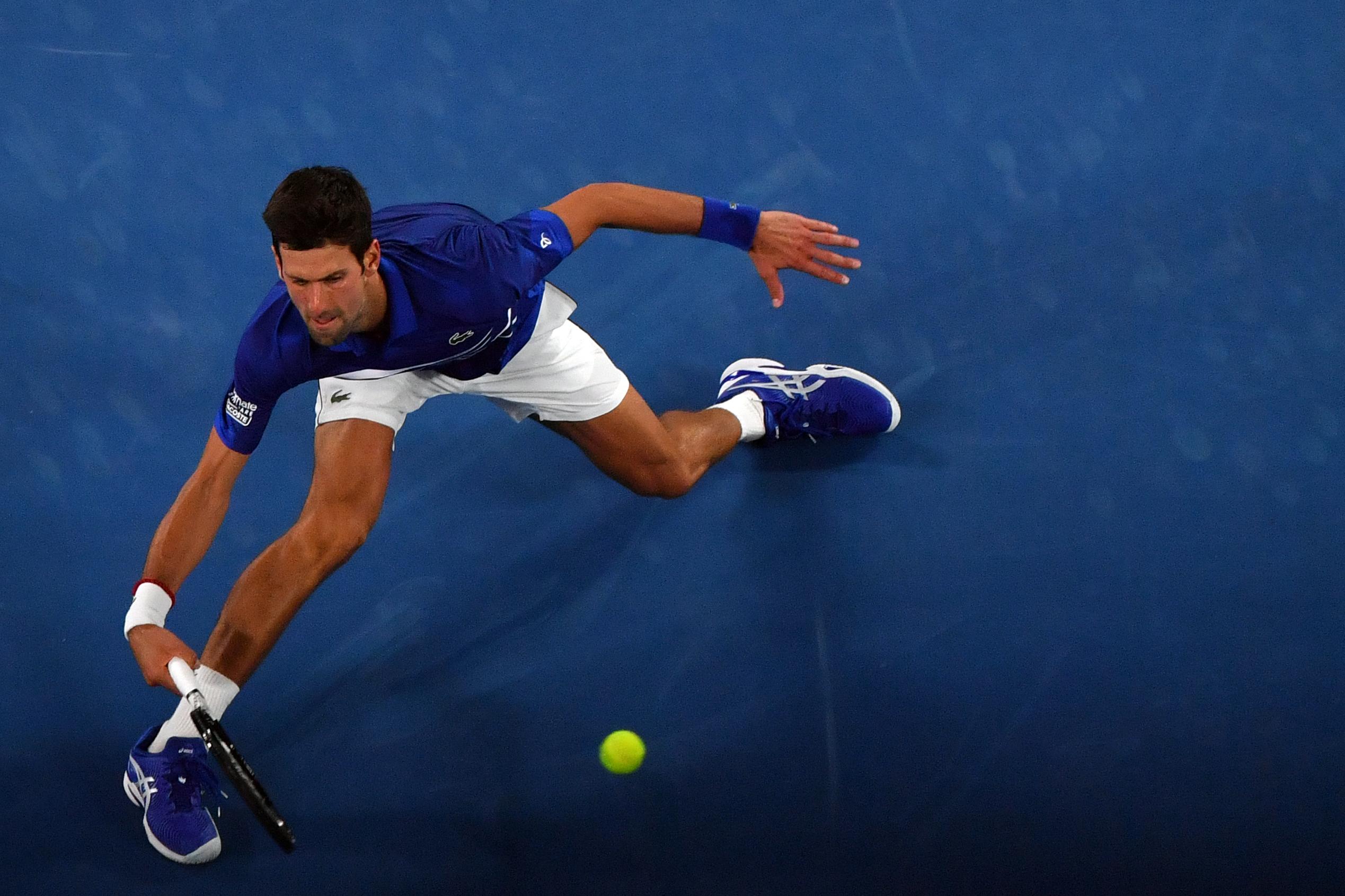 Novak Djokovic va por un título más para sus vitrinas en el Abierto de Australia 2019.