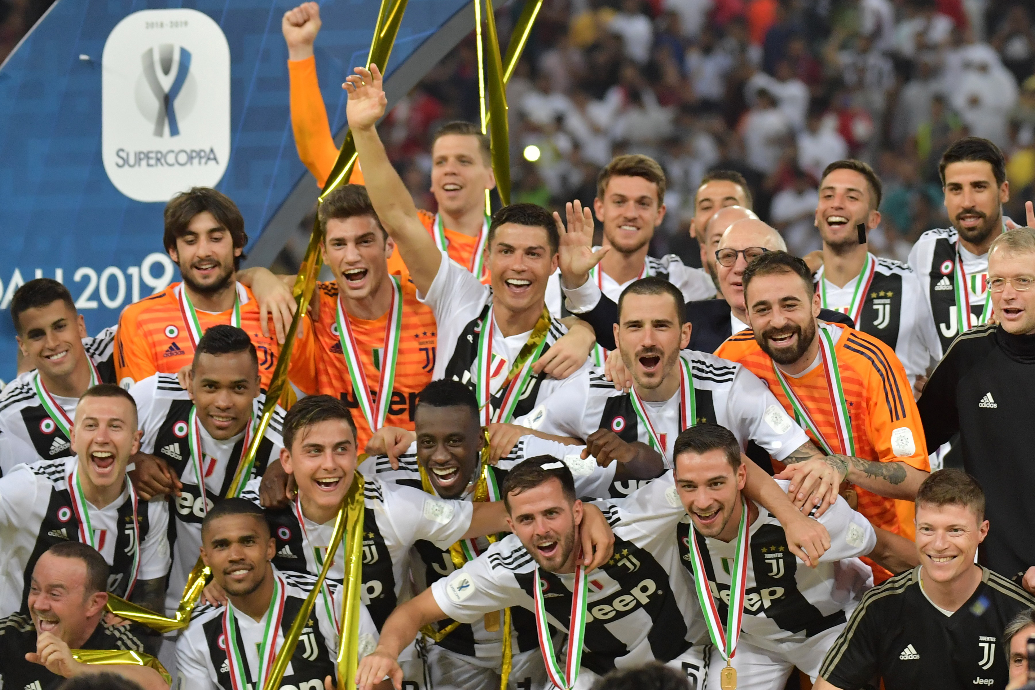 Con un gol de Cristiano Ronaldo la Juventus de Turín ganó el título de la Supercopa de Italia. (Foto Prensa Libre: AFP)