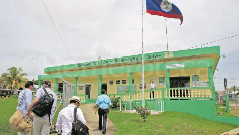 En 1991 Guatemala reconoció la independencia de Belice, pero reclama varias islas, cayos y 12 mil 272 kilómetros cuadrados. (Foto Prensa Libre: Hemeroteca PL)