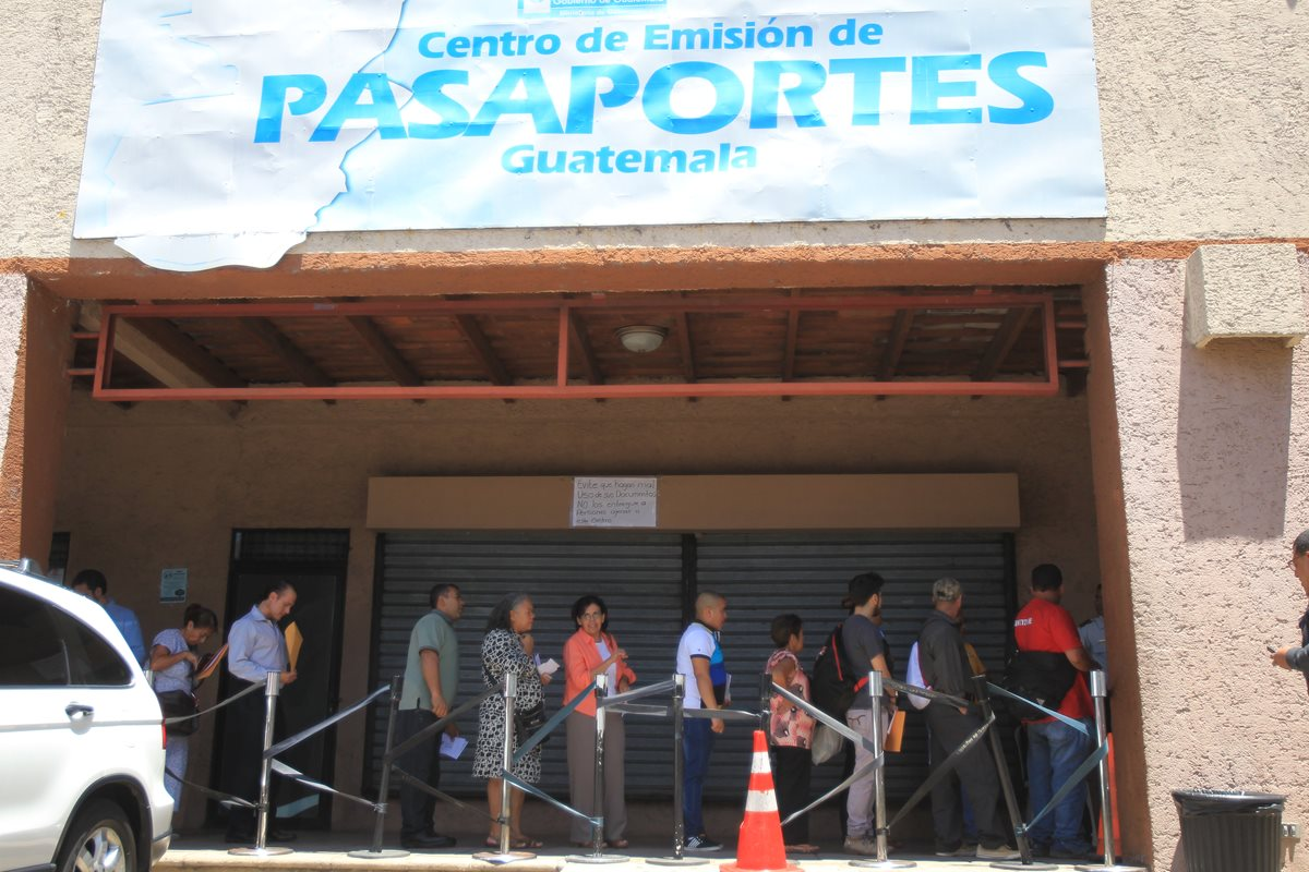 Migración abre compra de libretas para pasaportes