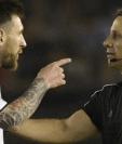 Lionel Messi se deberá defender ante la Fifa para que le quiten los cuatro partidos de suspensión. (Foto Prensa Libre: Hemeroteca PL)