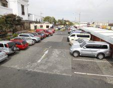Las tarifas en los parqueos municipales aumentará por decisión del Concejo de la comuna. (Foto Prensa Libre: Hemeroteca PL)