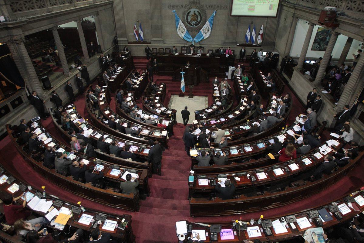 Los diputados deberán conocer el antejuicio contra el gobernante y elegir una comisión pesquisidora por sorteo. (Foto Prensa Libre: Hemeroteca PL)