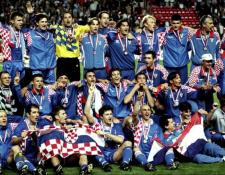 La Selección de Croacia fue tercera en el Mundial de Francia 1998. Una de esas 30 medallas está a la venta. (Foto Prensa Libre: Hemeroteca PL)