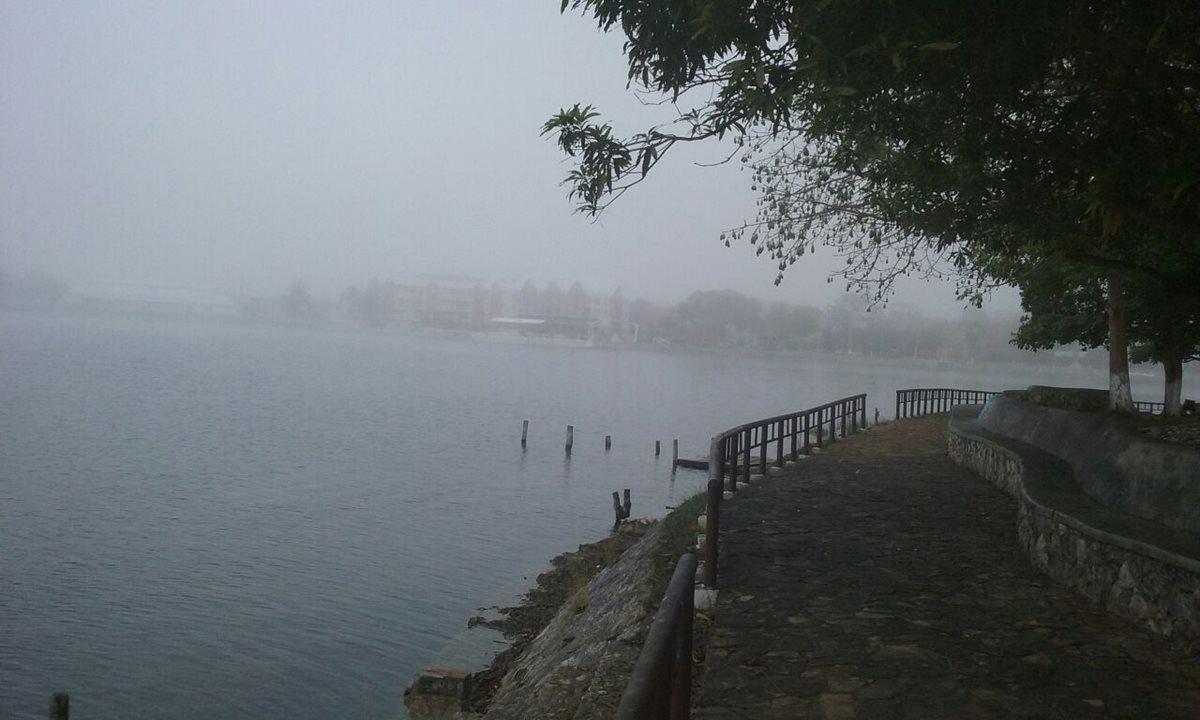 Niebla causa suspensión de vuelos en aeropuerto Mundo Maya