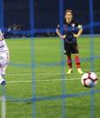 Sergio Ramos no podrá jugar con la Selección de España el próximo partido y regreso a Madrid para recuperarse. (Foto Prensa Libre: EFE)