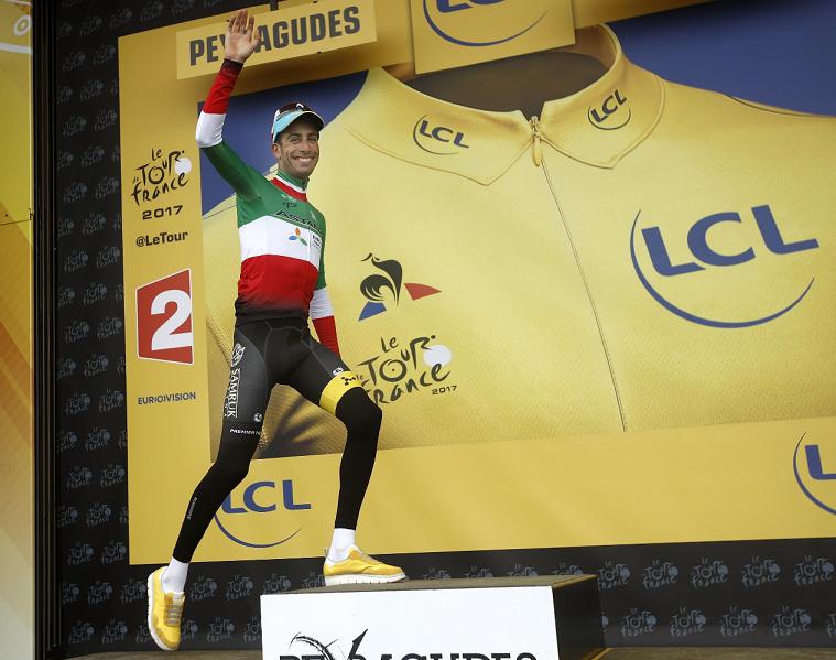 Fabio Aru quita el liderato a Froome en la primera etapa de los Pirineos ganada por Bardet