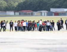 Entidades buscan crear protocolo que evite vejámenes o atención inadecuada para connacionales que son deportados. (Foto Prensa Libre: Hemeroteca PL)