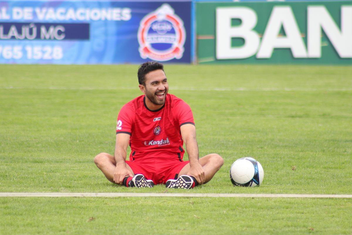 Carlos Kamiani Félix espera contribuir con Xelajú MC en el Clausura 2019. (Foto Prensa Libre: Raúl Juárez)