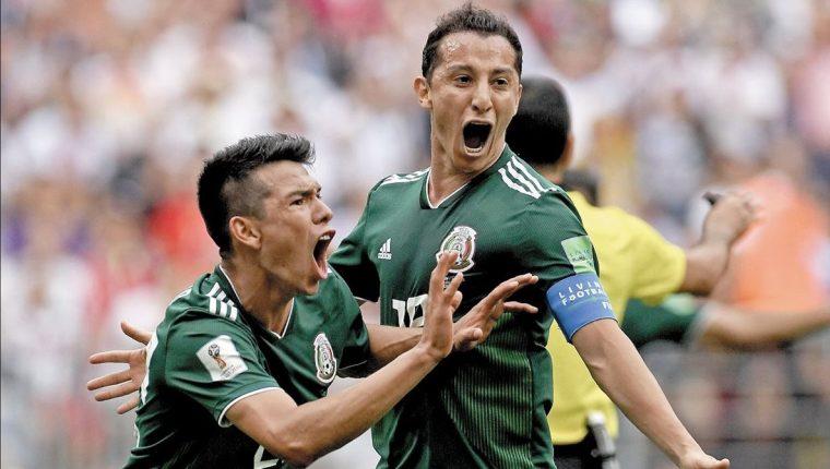 El Chucky Lozano (izquierda) es la nueva gran figura de México. (Foto Prensa Libre: Hemeroteca PL)