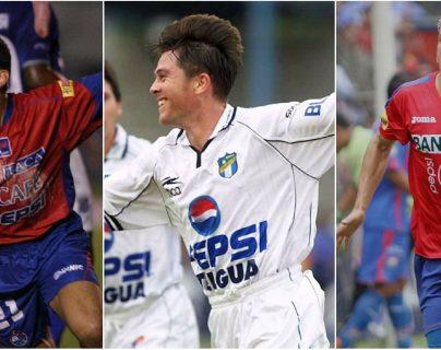Carlos Figueroa, Memin Funes y Mario Rodríguez, son parte de la lista de jugadores que cambiaron sus colores por los del archirrival. (Foto Prensa Libre: Hemeroteca PL)