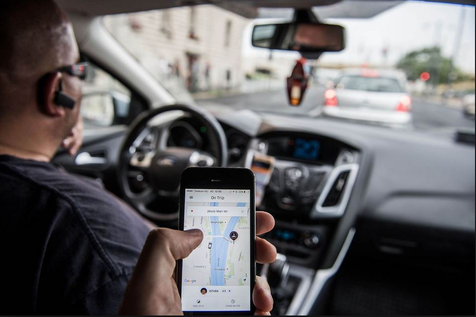 Uber cumple un año de operar en Guatemala y cambia condiciones