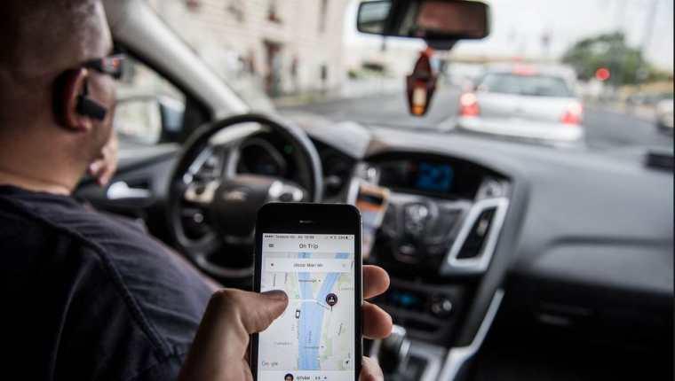 La aplicación Uber informó sobre cambio de términos y condiciones para el uso de su plataforma. (Foto Prensa Libre: Hemeroteca)