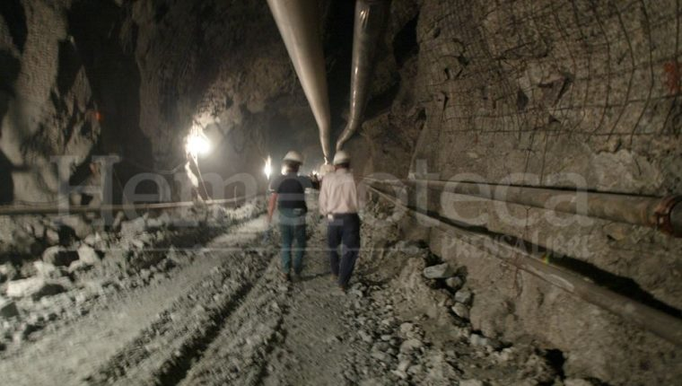 La Minera San Rafael fue suspendida inicialmente en julio del 2017. La empresa busca comenzar operaciones, pero pobladores se oponen. (Foto Prensa Libre: Hemeroteca PL)