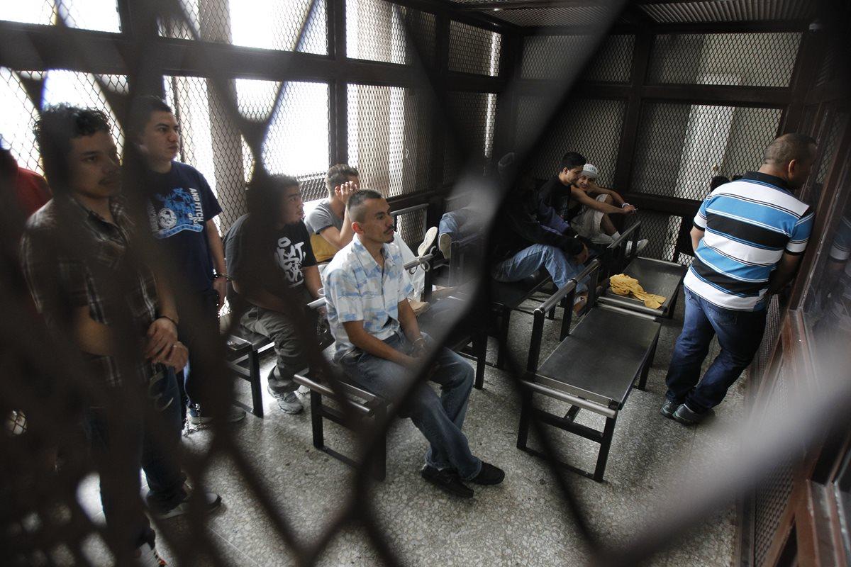 Señalados de extorsión en diferente zonas del país durante una sentencia. (Foto Prensa Libre: Hemeroteca)