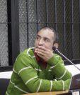 Henry Eduardo Juárez Samayoa es condenado a un año de prisión por el robo de equipo médico, en Xela. (Foto Prensa Libre: María José Longo)