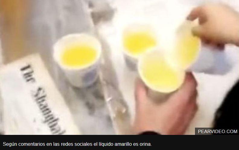 Encarcelan a los directores de una empresa china que castigó a sus empleados obligándolos a beber orina