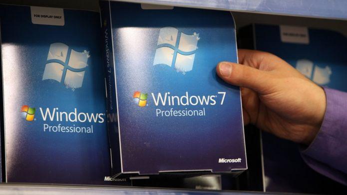 Windows 7 fue lanzado en julio de 2009 y sigue activo ene el 30% de las computadoras de todo el mundo (GETTY IMAGES)