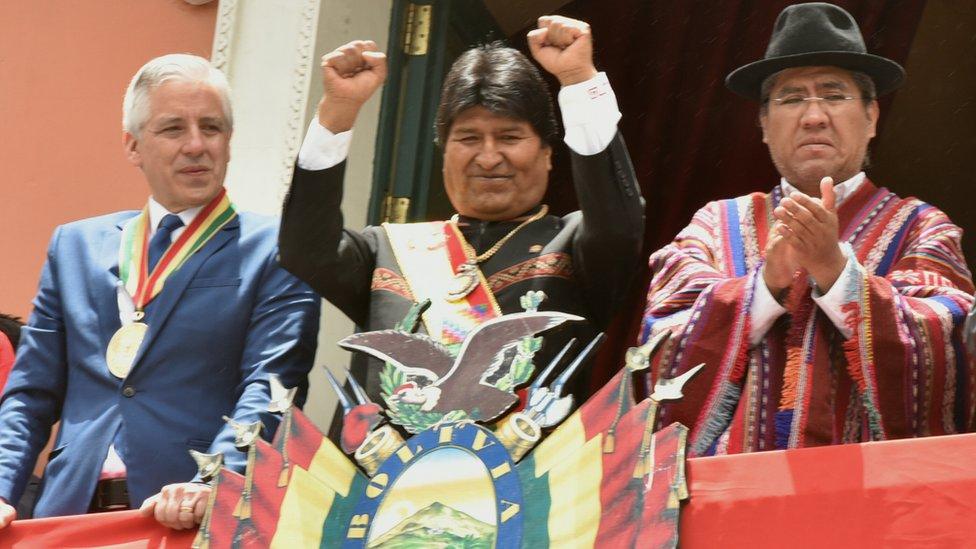 Evo Morales aguarda a sus próximos competidores para las elecciones presidenciales de octubre.