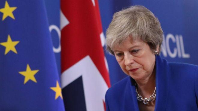 Theresa May sufrió un revés en el Parlamento al perder la votación de su plan para el Brexit. GETTY IMAGES