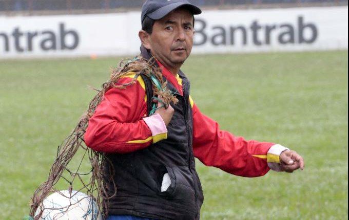 Alex Grijalva, más conocido como Rumbito, ha demostrado su amor y dedicación a Cobán Imperial. (Foto Prensa Libre: Eduardo Sam).