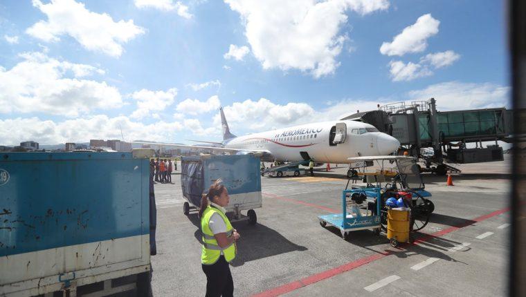 En el 2019 podría concretarse el proceso de administración bajo un esquema de alianza público-privado del Aeropuerto Internacional La Aurora. (Foto Prensa Libre: Hemeroteca)