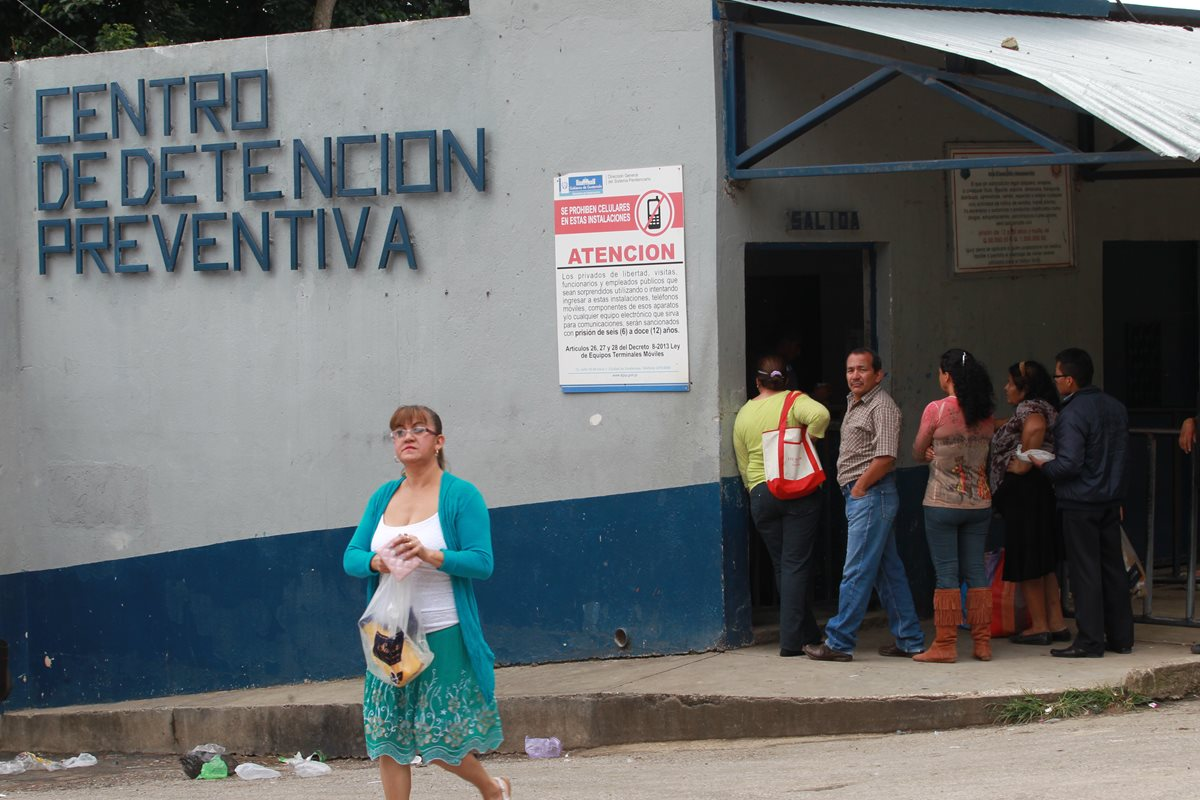 Las visitas a los reos se suspendieron desde hace unos tres meses. (Foto Prensa Libre: Hemeroteca)