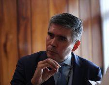 Omar D. Bello delegado de la Cepal dijo que la erupción del Volcán de Fuego fue focalizada y que su impacto a la economía será moderada. (Foto Prensa Libre: Érick Ávila)