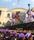 Alrededor de 125 procesiones recorren la capital durante la Semana Santa. Foto Prensa Libre: Óscar Rivas.