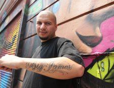 Big James promociona el tema Oportunidades. (Foto Prensa Libre: Keneth Cruz)