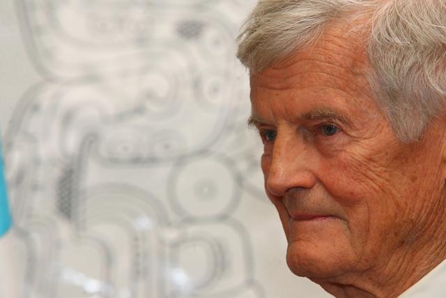 Ian Graham fue un explorador británico cuyas investigaciones se realizaron en sitios arqueológicos mayas precolombinos en Guatemala, Belice, y México.(Foto Prensa Libre: Hemeroteca PL)