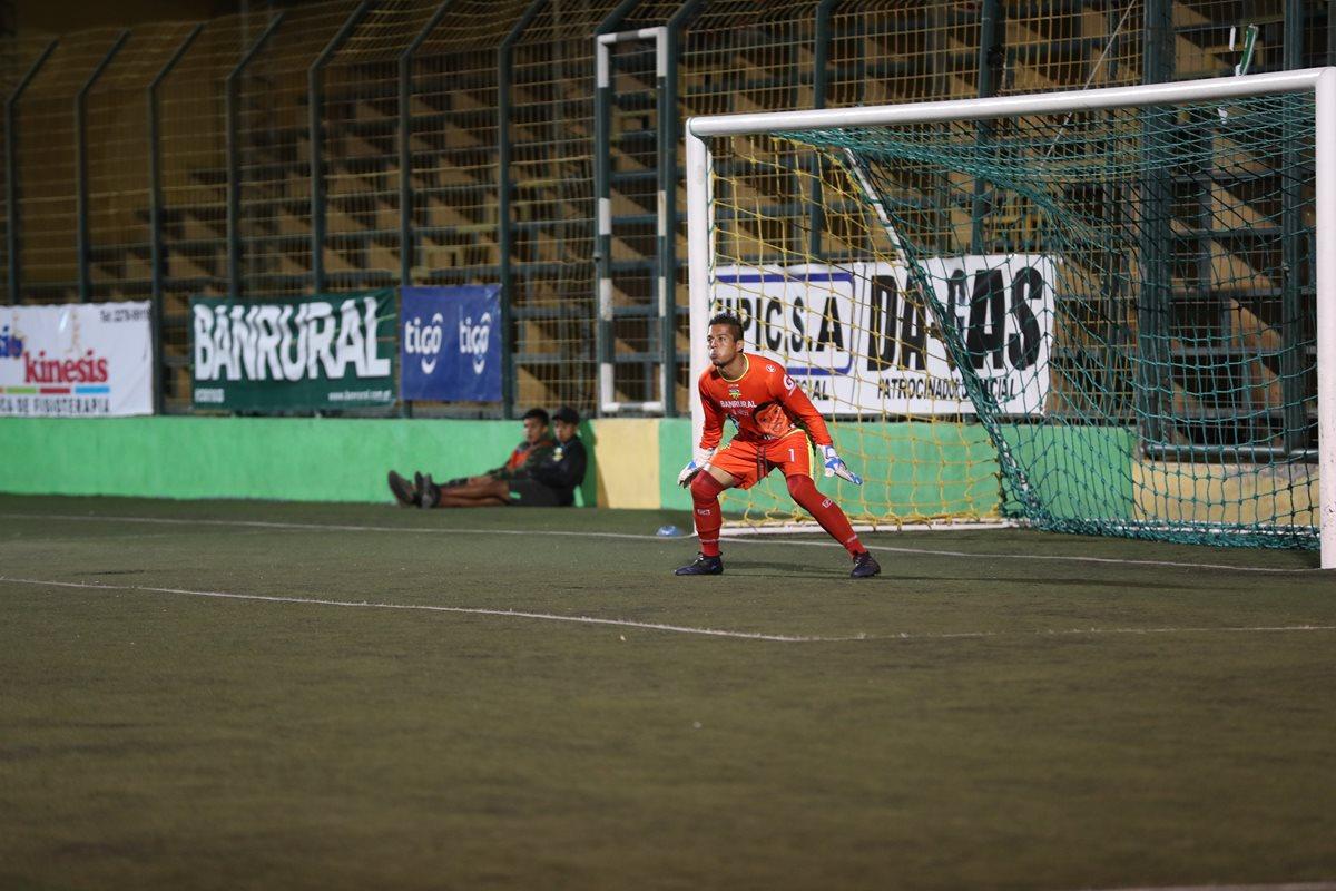 Petapa recibe dura sanción de Liga Nacional por informe del árbitro Wálter López acerca de los alcanzapelotas