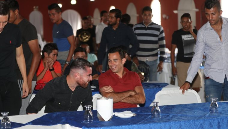 Marco Pappa y Jean Márquez son parte del movimiento sindical de futbolistas guatemaltecos. (Foto Prensa Libre: Carlos Vicente)