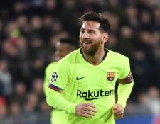 Lionel Messi celebra el primer gol del FC Barcelona contra el PSV. (Foto Prensa Libre: AFP)