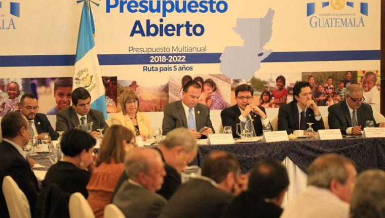 Las necesidades de más fondos surgieron de las Jornadas de Presupuesto Abierto que impulsó elMinfin y que concluyeron ayer. (Foto Prensa Libre: Esbin García)