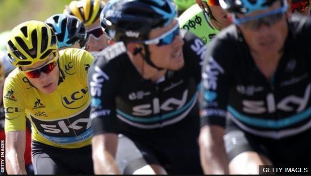 """""""Retuerzo el cuchillo"""": las despiadadas tácticas necesarias para ganar un Tour de Francia en la alta montaña según Chris Froome"""