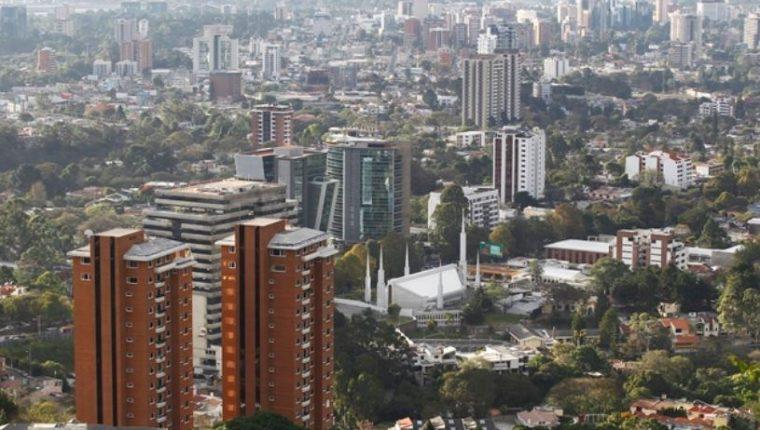 En este ejercicio se espera una contracción en los flujos de capital extranjero entre el 5 al 7%, atribuido a las circunstancias que vive el país.(Foto Prensa Libre: Hemeroteca)