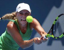 Caroline Wosniacki sumó su séptimo torneo de Sidney sin avanzar a cuartos de final. (Foto Prensa Libre: AP)