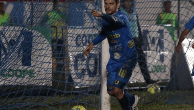 El uruguayo Maximiliano Lombardi será el 10 que Comunicaciones ha extrañado en las últimas temporadas. (Foto Prensa Libre: Hemeroteca PL)