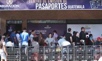Centro de Emisión de Pasaportes de la capital de Guatemala. (Foto Prensa Libre: HemerotecaPL)