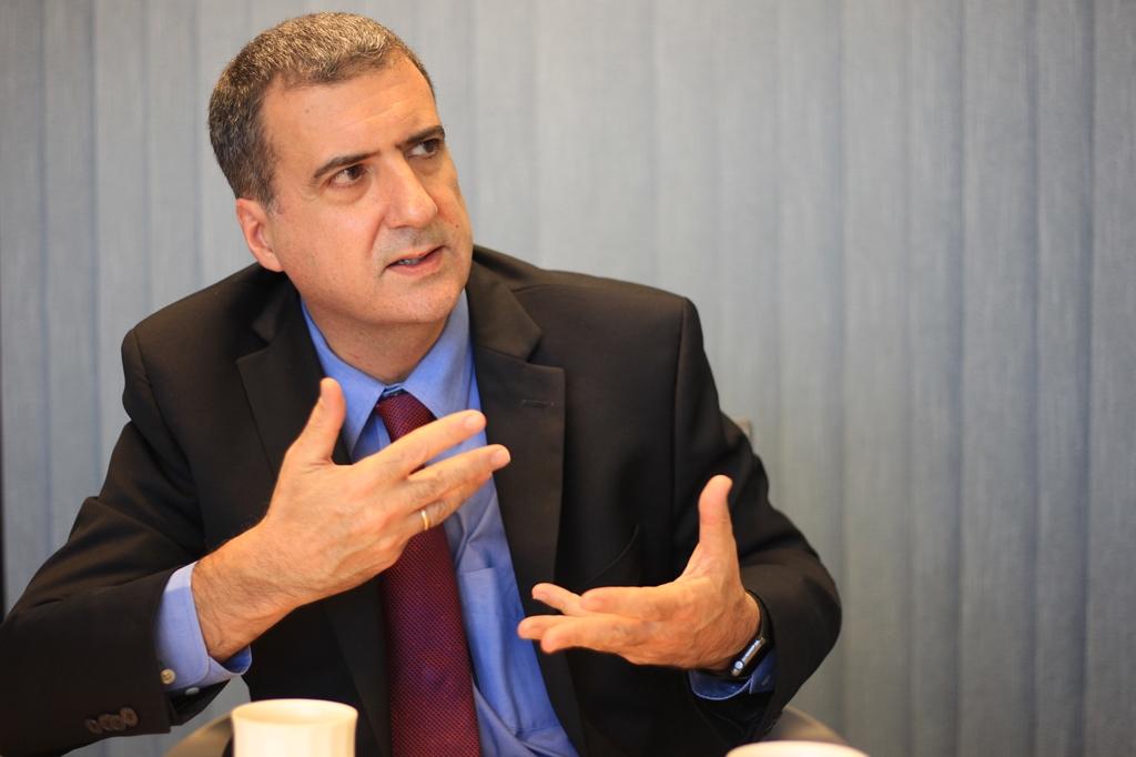 Director de Banco Mundial propone discutir reforma fiscal en Guatemala