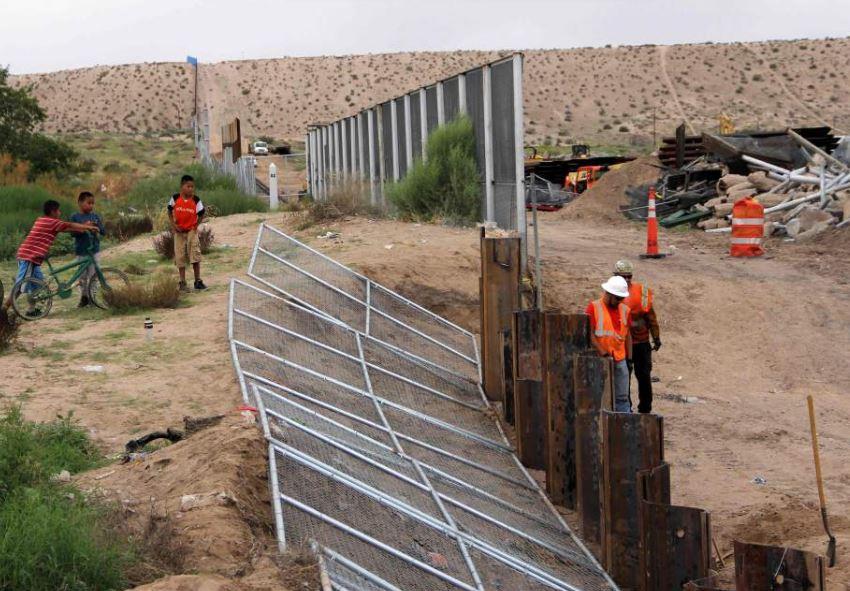 Trump insiste en el muro fronterizo con México como condición para solucionar la problemática de los dreamers. (Foto: Hmeroteca PL)