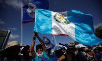 Peregrinos de Guatemala durante la inauguración de la Jornada Mundial de la Juventud (JMJ). (Foto Prensa Libre: EFE)