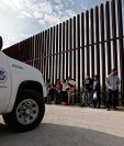 La frontera de Valle del Río Grande de casi 3220 kilómetros de extensión entre Estados Unidos y México, es la frontera con mayor frecuencia de cruzamientos en todo el mundo. (Foto Prensa Libre EFE)