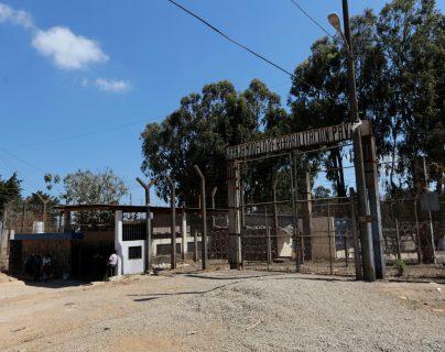 La DGSP adjudicó compras de medicamentos y evalúa más compras para contener el coronavirus en las prisiones. Foto Prensa Libre: EFE