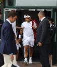 Roger Federer es el gran favorito para ganar en Wimblendon. Este viernes jugará su pase a la gran final. (Foto Prensa Libre: AFP)