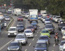 La recaudación del impuesto sobre circulación de vehículos creció 9% en julio pasado, informó la SAT. (Foto Prensa Libre: Hemeroteca)